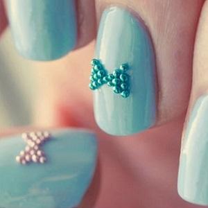Дизайн ногтей с бульонками фото