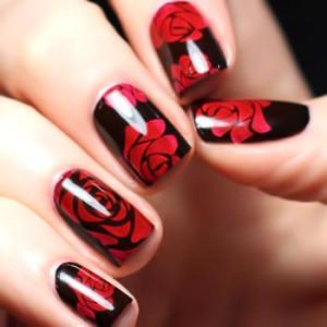Розы на ногтях фото